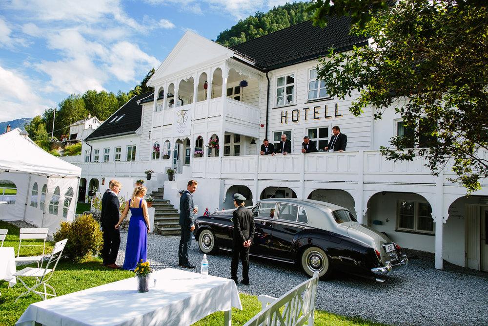 64-bryllup-torvis-hotell-fest-sogn-luster.jpg