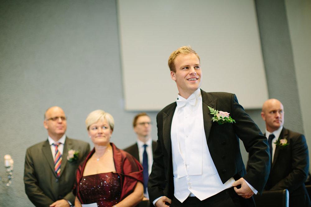 18-bryllup-halden-salen-pinsekirke-vielse.jpg