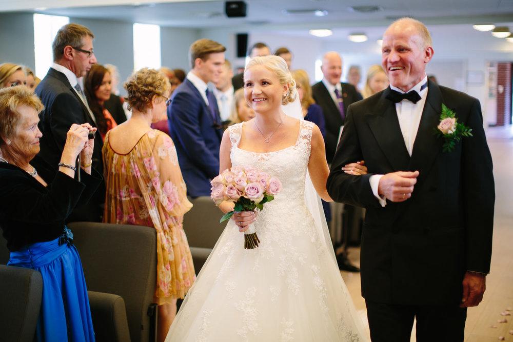 19-bryllup-halden-salen-pinsekirke-vielse.jpg