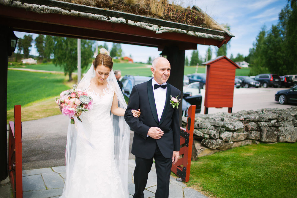 17-bryllup-romskog-kirke-vielse-seremoni.jpg