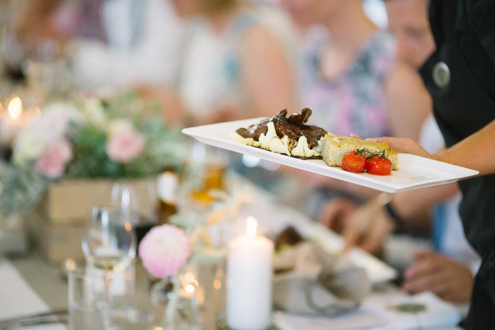 80-romskog-spa-bryllup-middag-fest.jpg