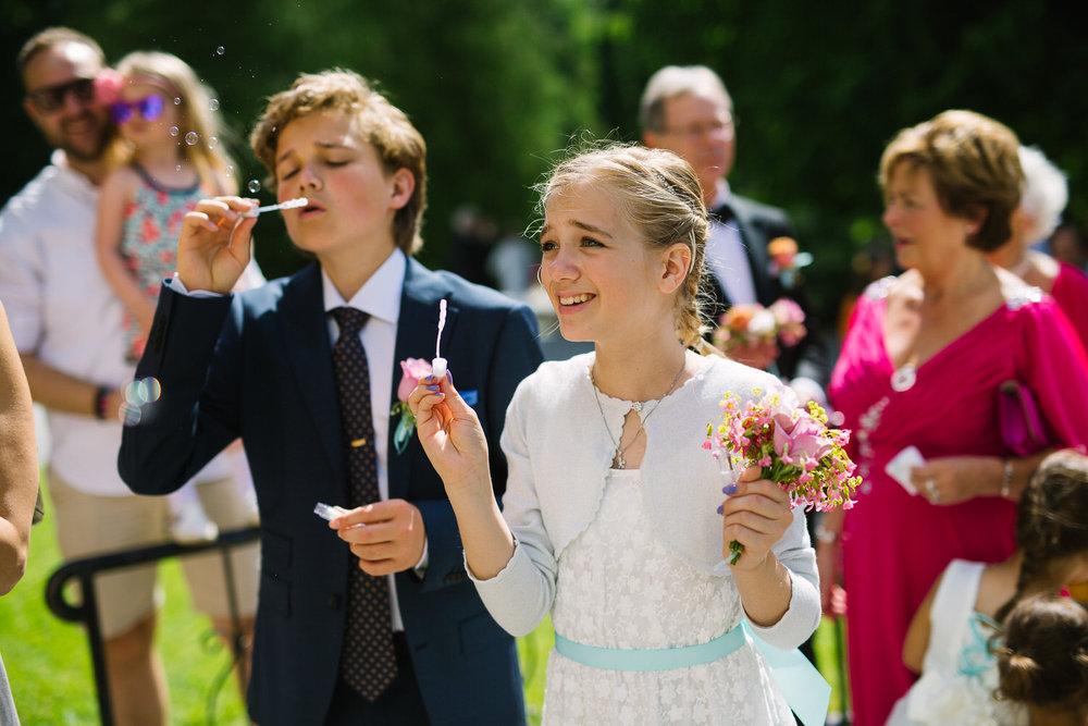 042-bryllup-vielse-ullern-kirke-bryllupsfotograf-oslo.jpg