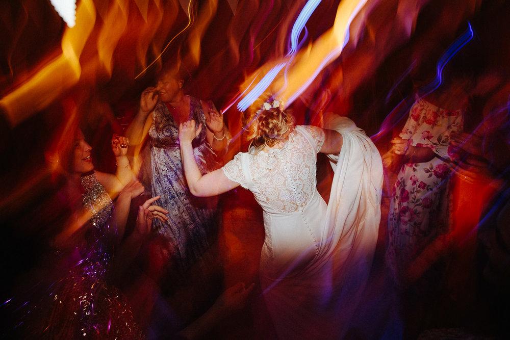 Lang lukkertid og bevegelse på dansegulvet i bryllup