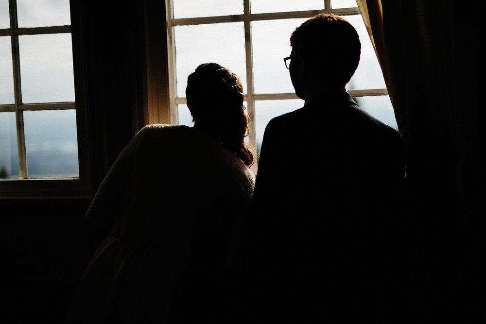 02-bryllup-solstua-vielse-ute.jpg