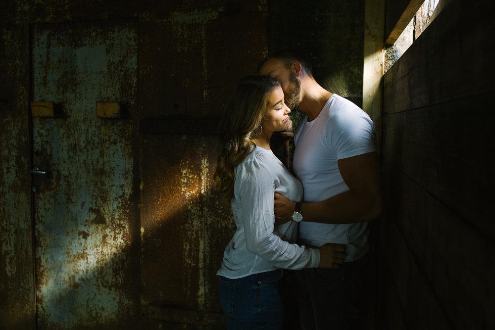 forlovelse-kjærestepar-romantiske-bilder-fotograf-sarpsborg-10.jpg