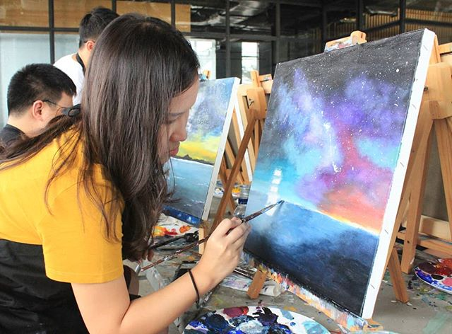 """Art is everywhere you look for it "" #artipaintbar #art #acrylicpainting"