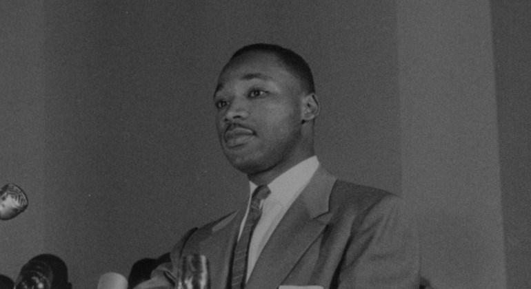 MLK DIA.jpg