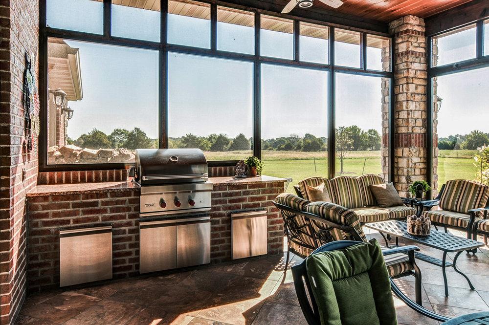 built-by-brett-custom-home-springfield-mo-13735-lawrence-2100-008.jpg