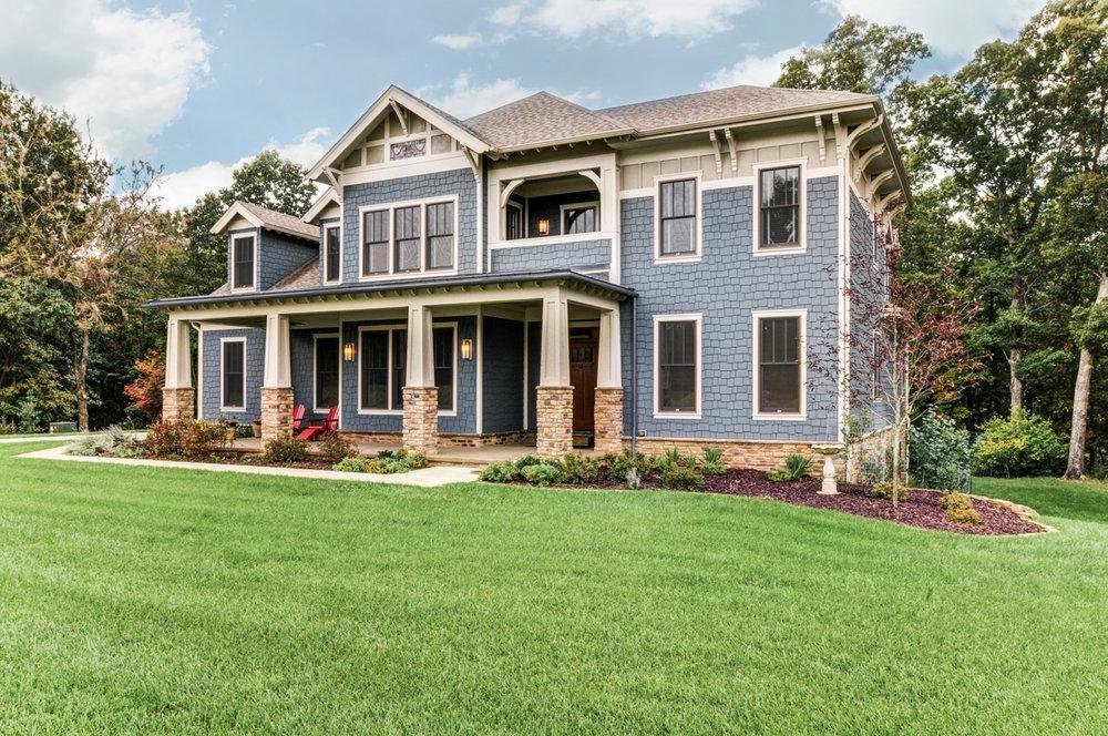 built-by-brett-custom-home-builders-springfield-mo-stonegate-court-exterior-005.jpg