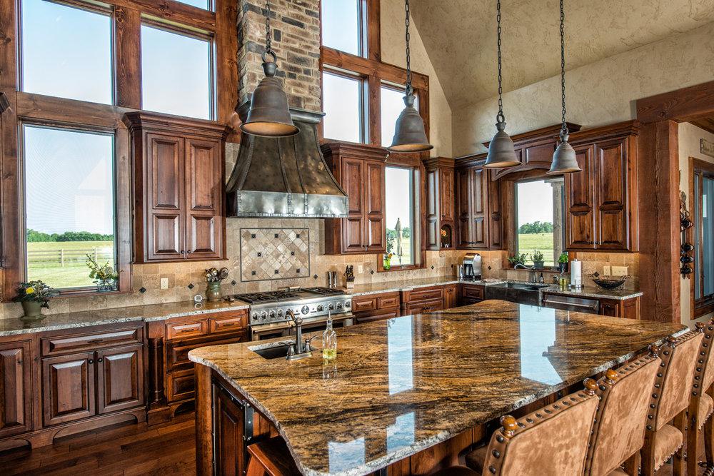 built-by-brett-custom-home-builders-springfield-mo-wilmoth-024.jpg