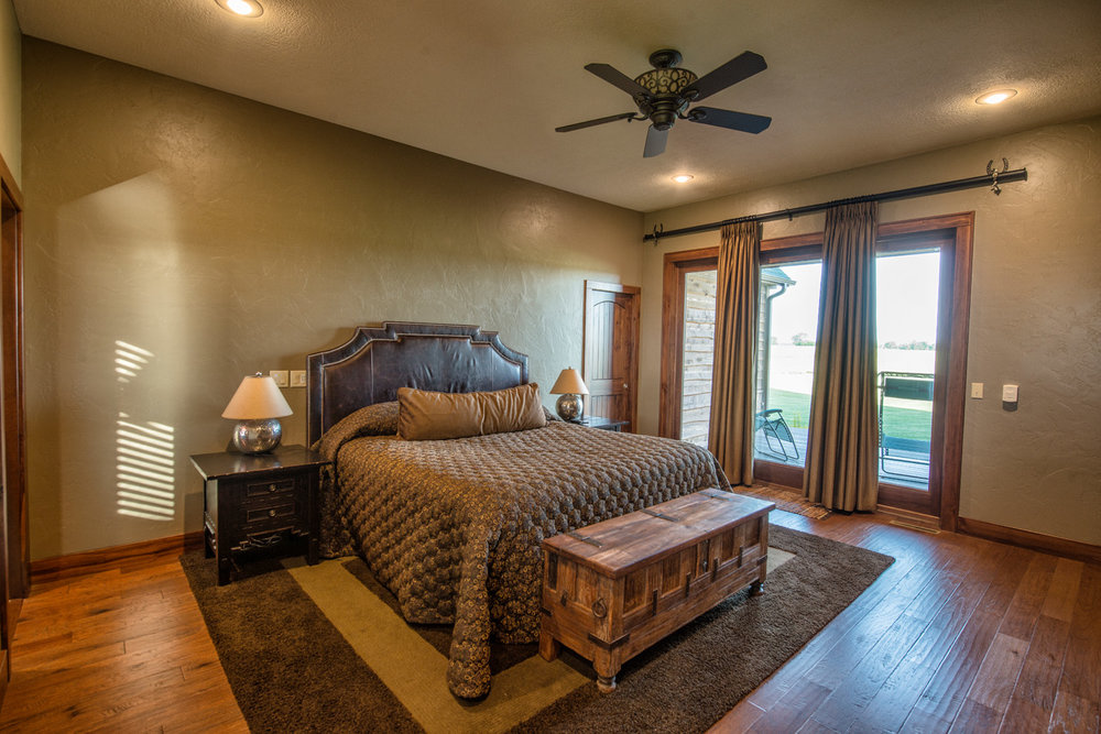 built-by-brett-custom-home-builders-springfield-mo-wilmoth-040.jpg
