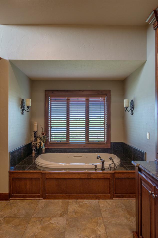 built-by-brett-custom-home-builders-springfield-mo-wilmoth-046.jpg