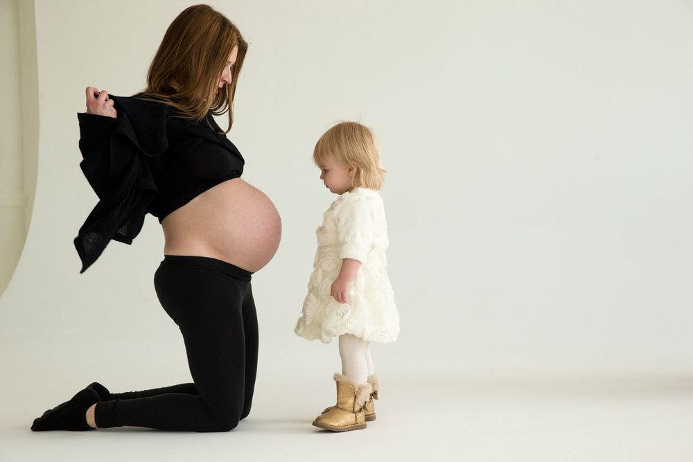 Pregnant_George_Lange_Kids.jpg