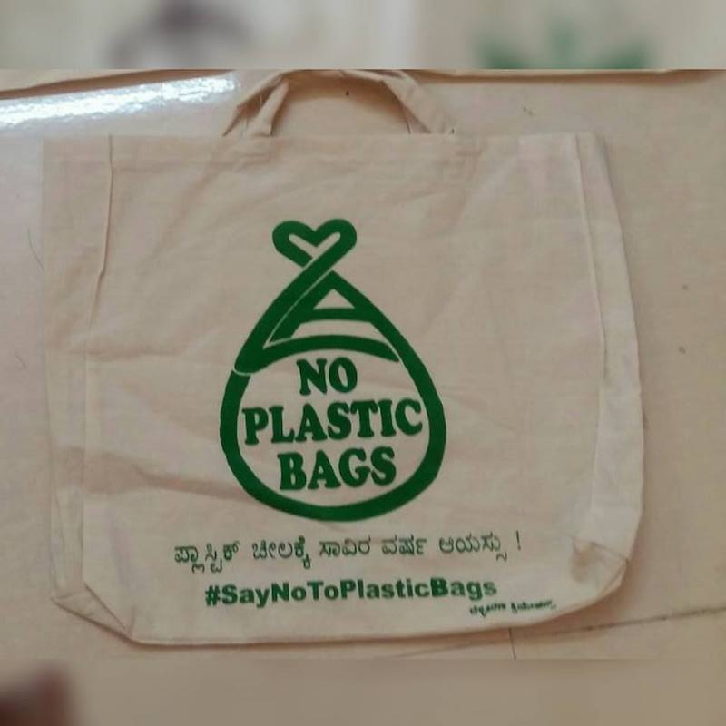 Cloth bags are a less polluting alternative to plastic gift and  tamboolam  bags Image: Facebook/  Belli Kirana