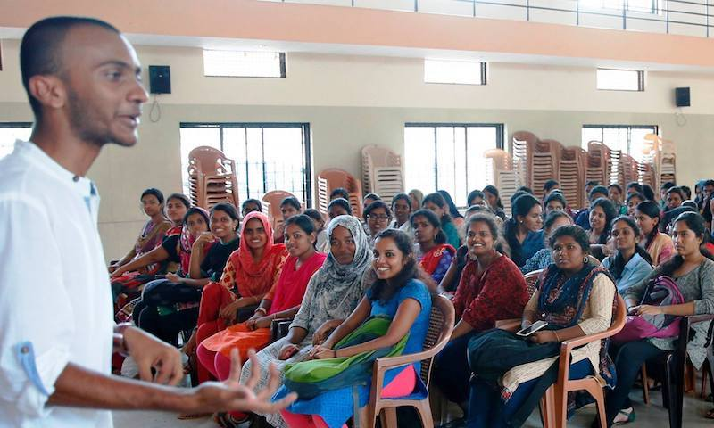Arjun Unnikrishnan, co-founder of The Red Cycle, conducts an awareness session on sustainable menstruation Source: Facebook/ The Red Cycle