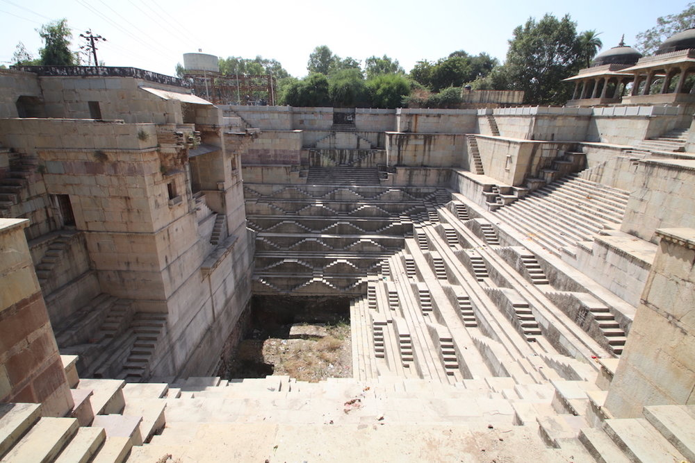 The structure is intact, but the well dry. Dhabhai Kund, Bundi, Rajasthan