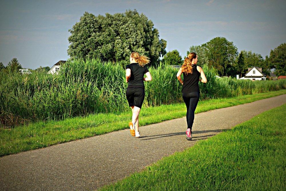 jogging-1509003_1280.jpg