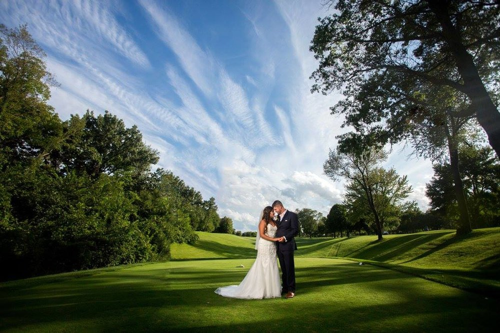 WEDDING PORTRAITS & ENGAGEMENT PORTRAITS