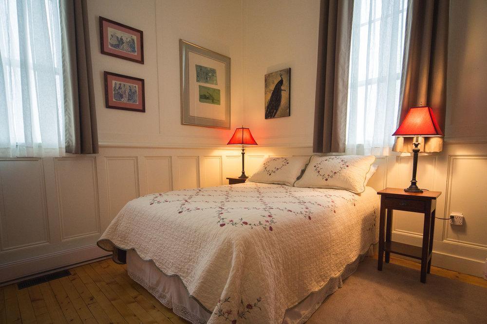 North Bedroom, Ochre House Retreat