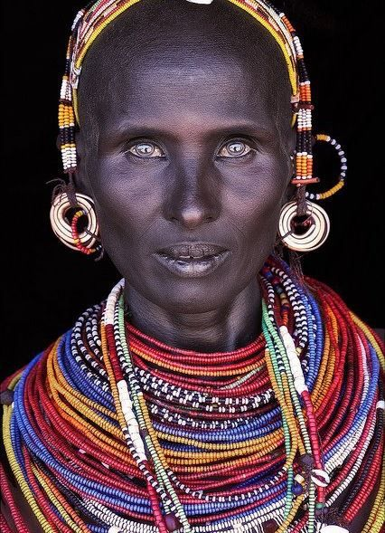 African Beads & Their history - From the earliest times nomadic tribes have used beads for adornment, magic and bartering. Beads are some of Africa's oldest artifacts, unlikely to erode like other crafts. African artisans continue to create beautiful beadwork unique to their tribe or region.