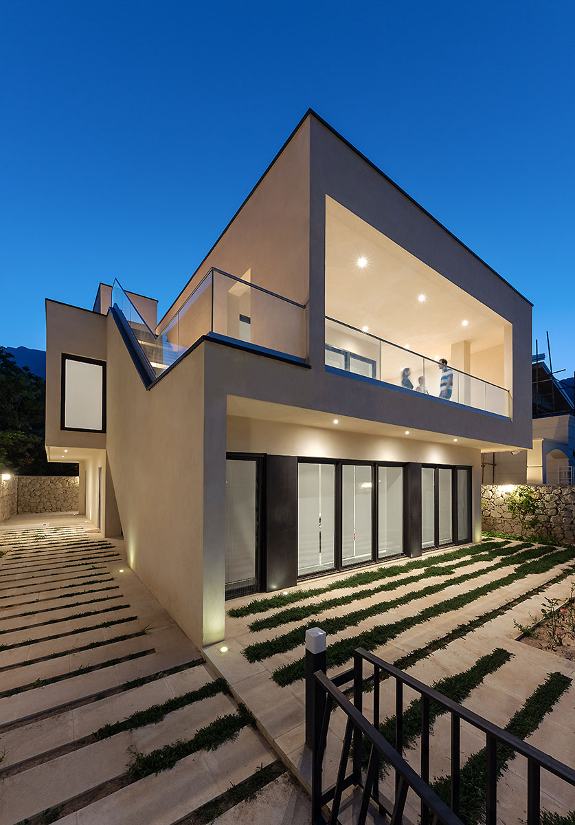 Villa wall_KavStudio (6).jpg