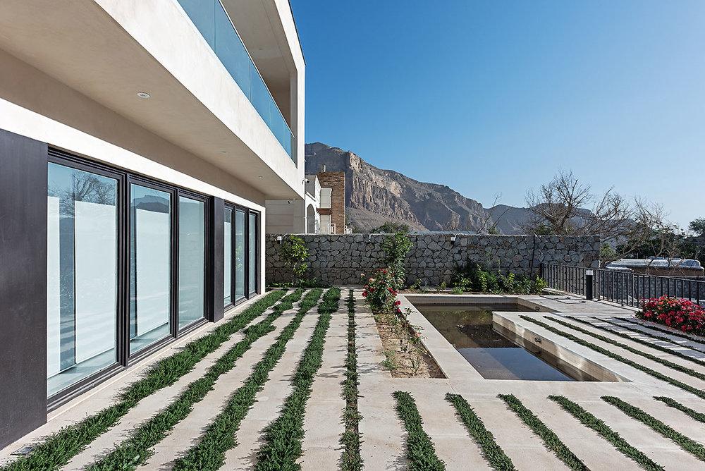Villa wall_KavStudio (13).jpg