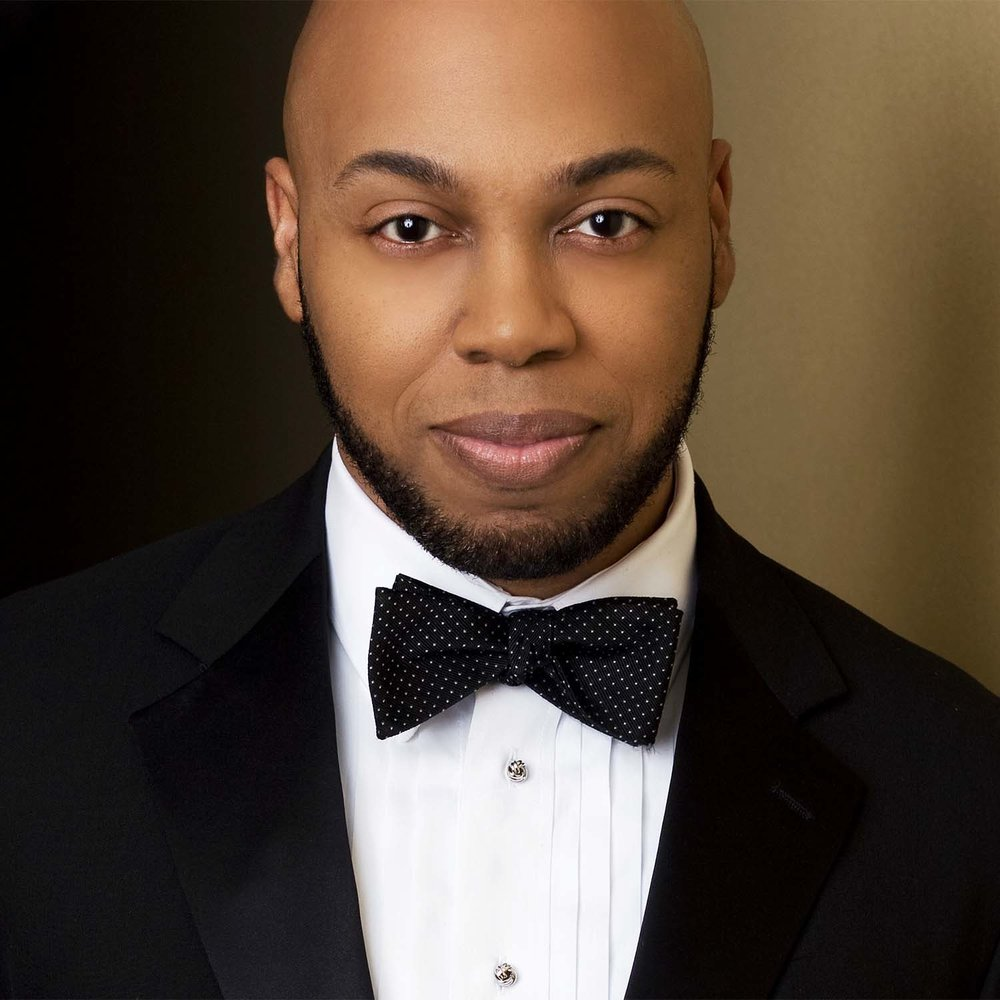 "Roderick George plays ""Nemorino"" in in Opera Birmingham's production of The Elixir of Love"