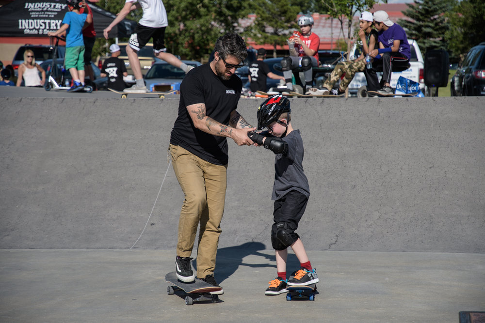 Academy offers schools and community groups comprehensive skateboard residencies teaching participants the fundamentals of skateboarding and working with local leaders to start and sustain effective skateboard programming.
