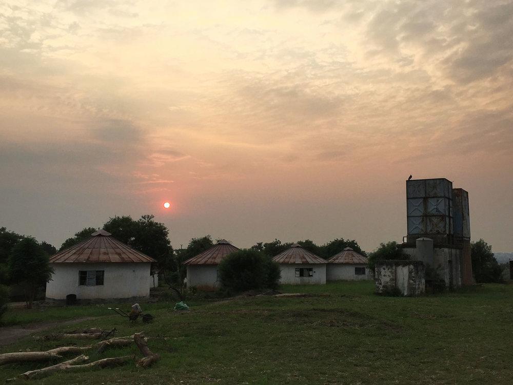 09 rwindi-sunrise.jpg