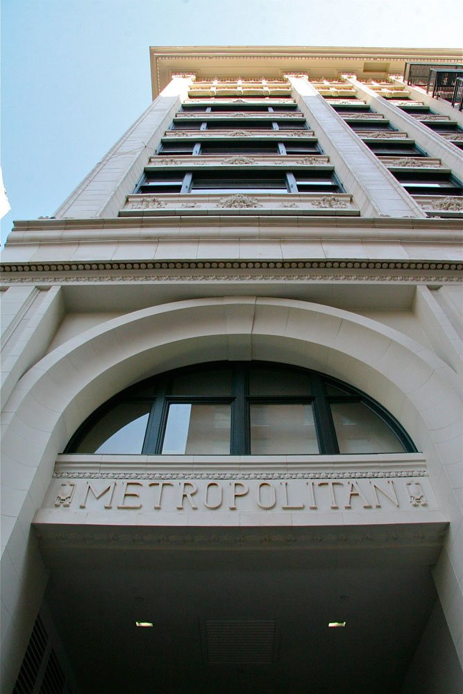 metropolitan_12_large.jpg