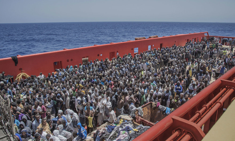 [Imagem: migrants.jpg?format=1000w]
