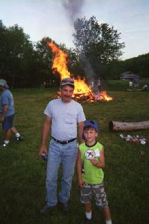 215_Sal_and_Tyler_at_the_junglecock_campfire.jpg