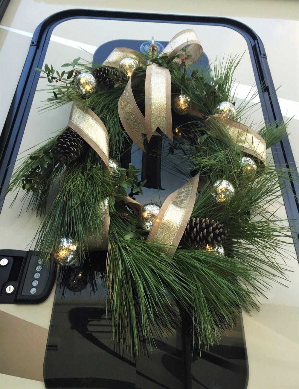 8 rv coastal christmas decoration ideas