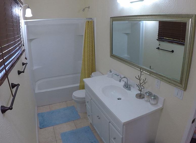 Serenity Cottage Bathroom