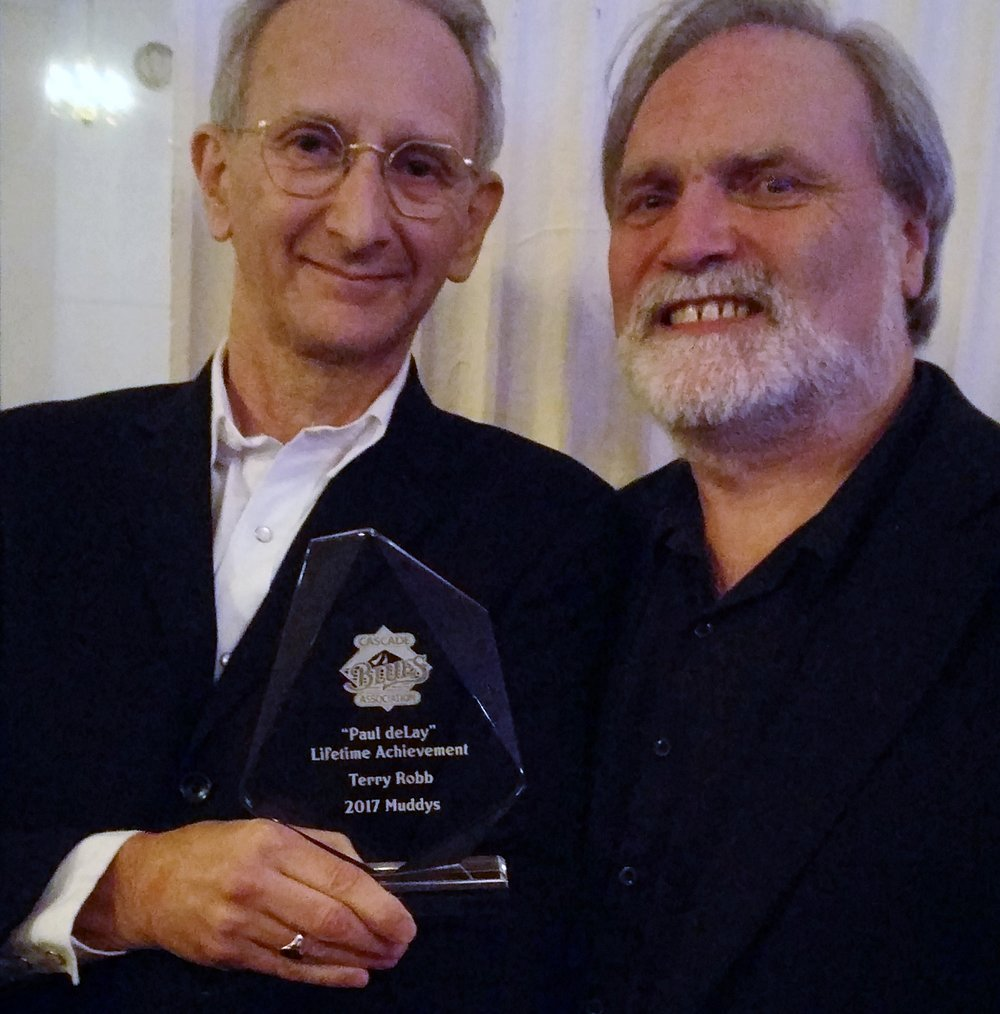 Terry Robb with Greg Johnson, CBA President, at 2017 Muddy Awards