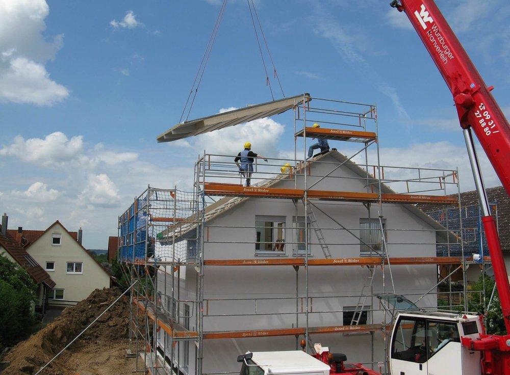 house-construction-1407499_1920.jpg