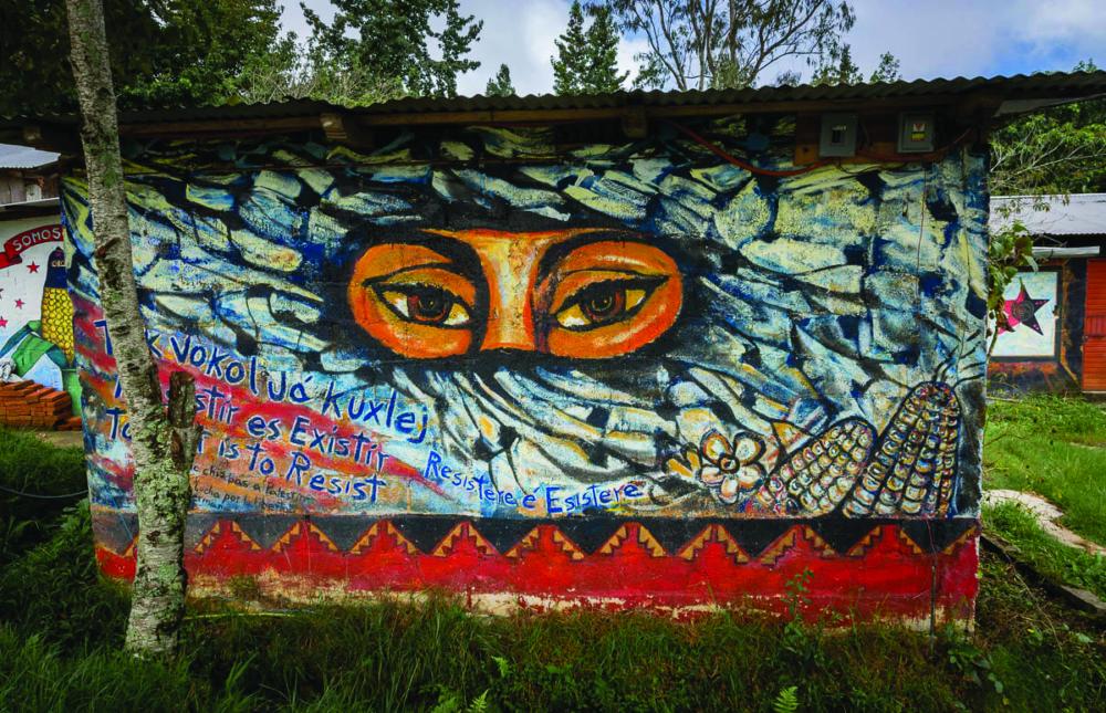 zapatista-murals-oventic-4044_i4h2rk-1000x645.jpg