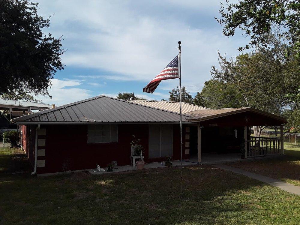 Isbell Roof 1.jpg