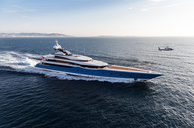Madame-Gu-Winch-Super-Yacht-World2