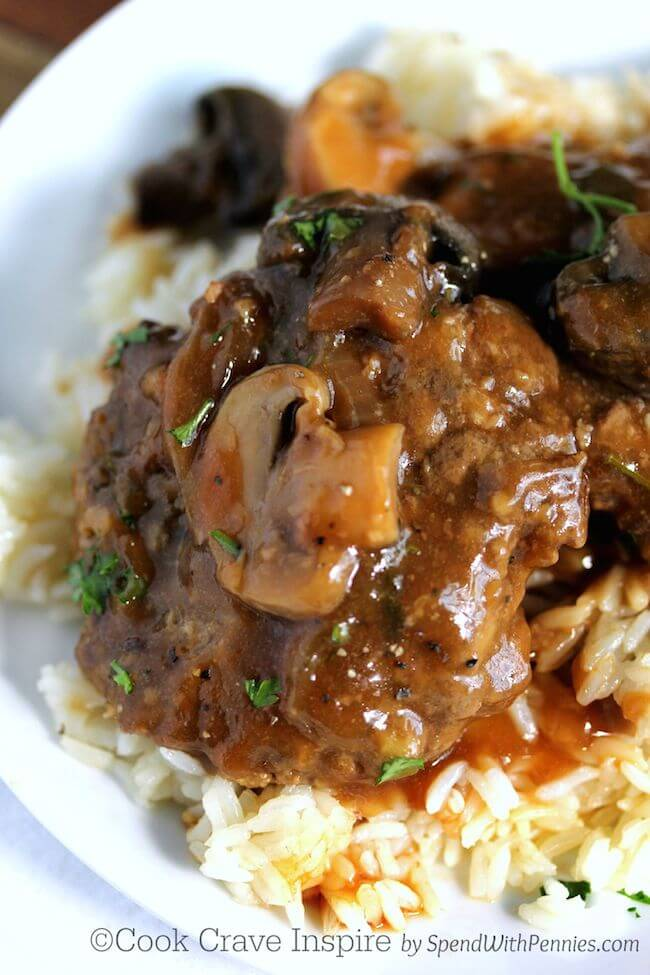 Slow Cooker Salisbury Steak w/ Mushrooms