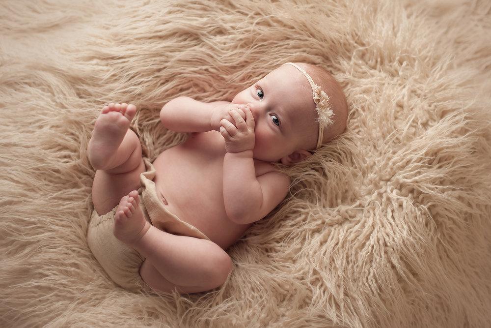 columbus-newborn-photographer.jpg