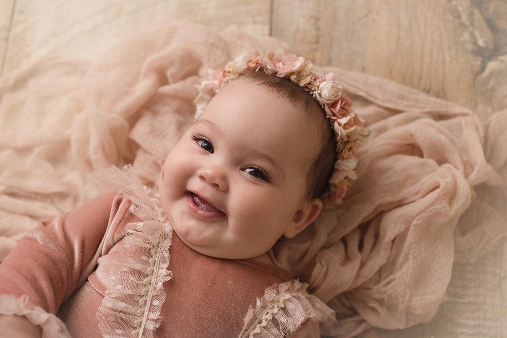 grandviewohio-baby-photography-barebaby.jpg
