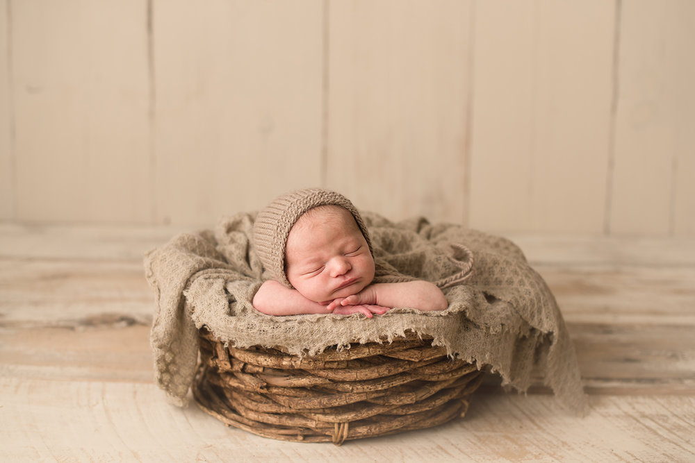 granvilleohio-newborn-photographer-bare-baby-photography.jpg