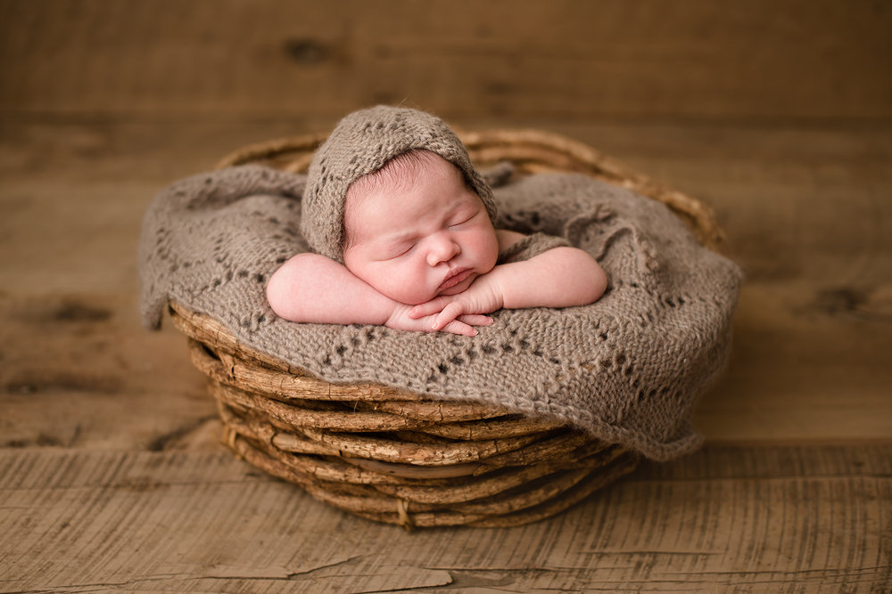 columbus-ohio-baby-photographer-barebabyphotography.jpg