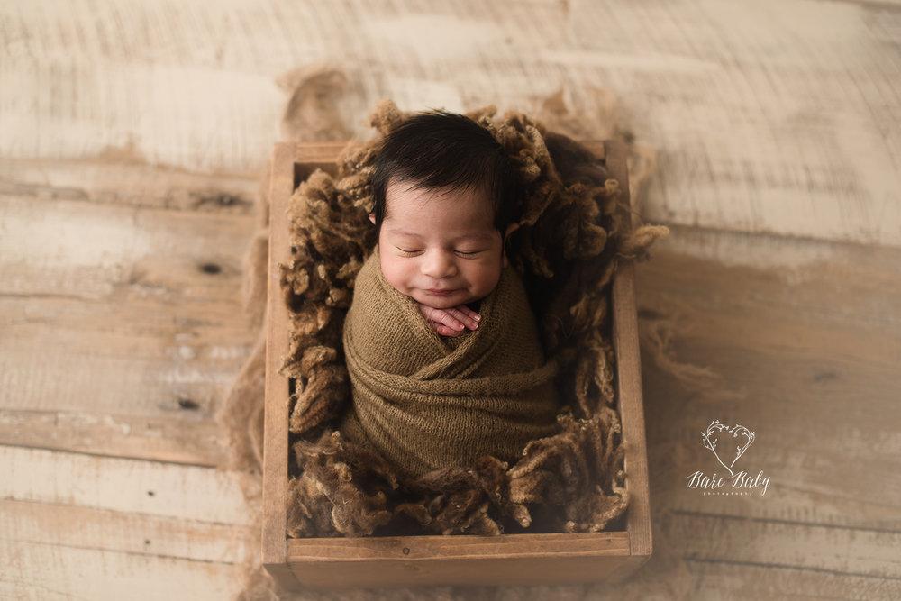 gahannaohio-baby-photographer-barebabyphotography.jpg
