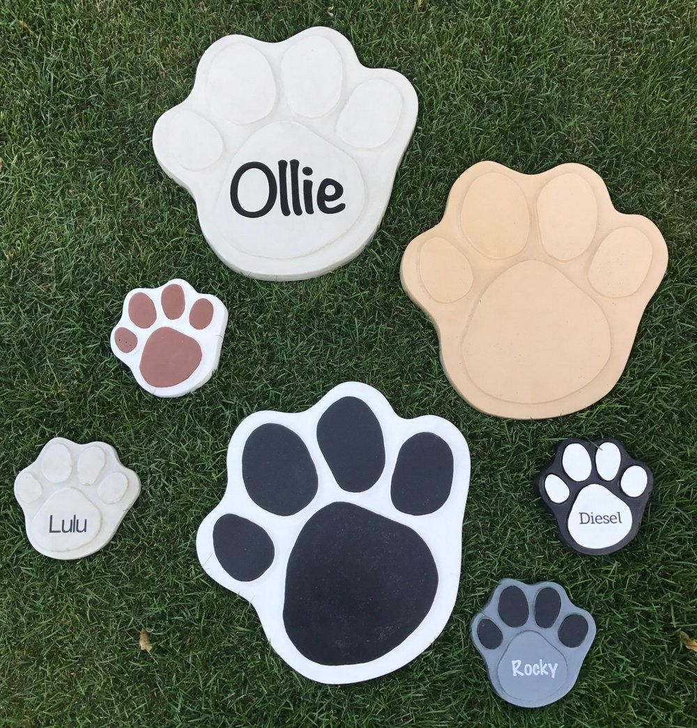 personalized paws.JPG