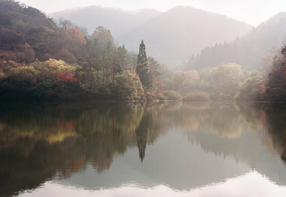 a beautiful fall reflection shot on this lake in South Korea. This was captured on my Pentax 645nii 75mm using Kodak professional portra film.