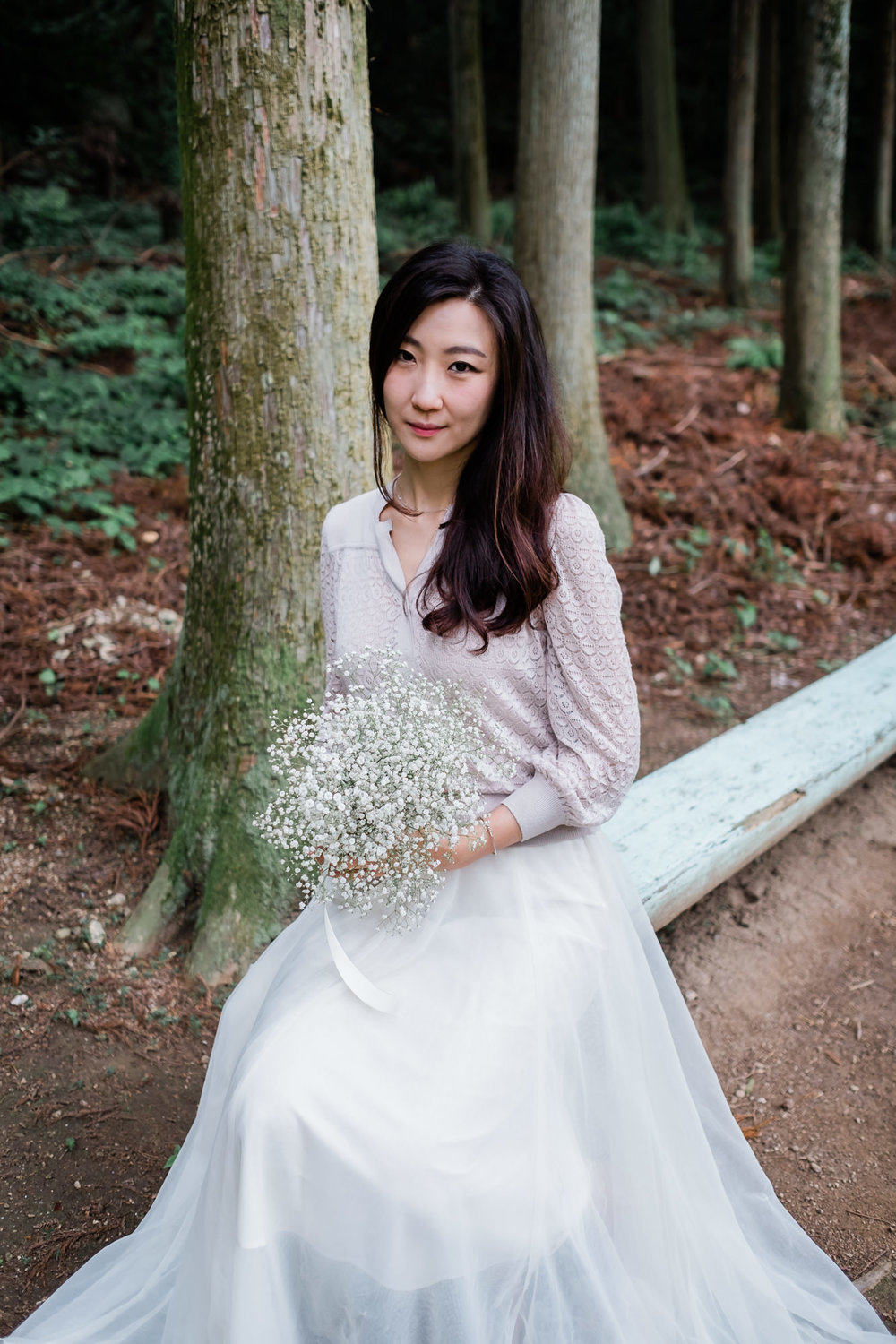 girl-flowers-nature-south-korea.jpg