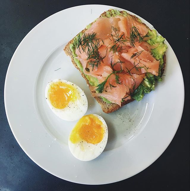 Got priced out of my favorite avocado toast in town, so homemade it is. • • • Sprouted toast with mashed avocado, smoked salmon, dill, and a jammy egg.
