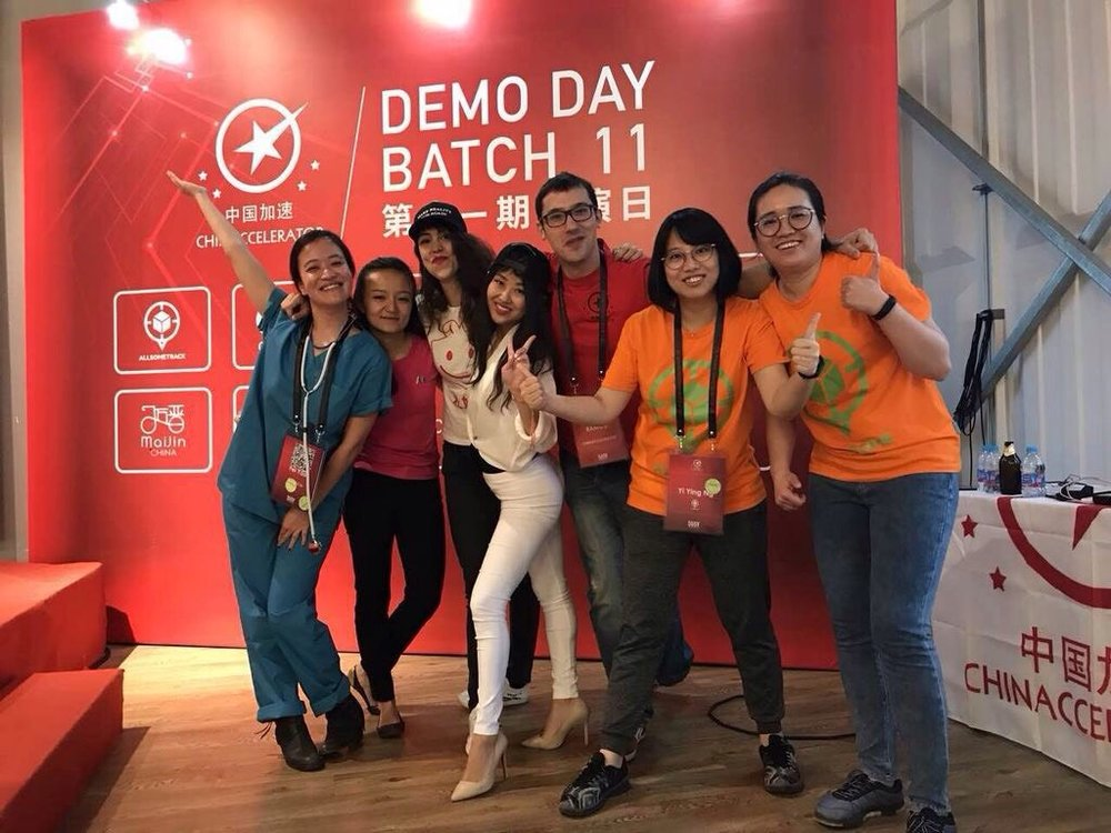 SOSV Chinaccelerator Batch 11 Demo Day 2017 with female founders and program director Oscar Ramos